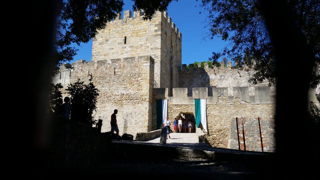 entrée chateau sao jorge