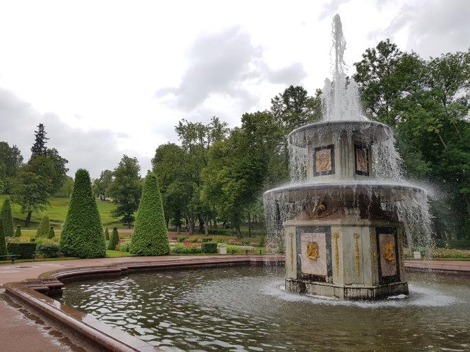 Fontaine romane palais de peterhof
