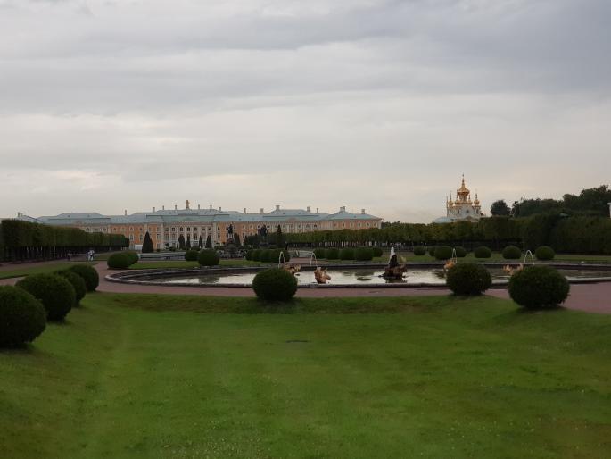 Vue palais de peterhof