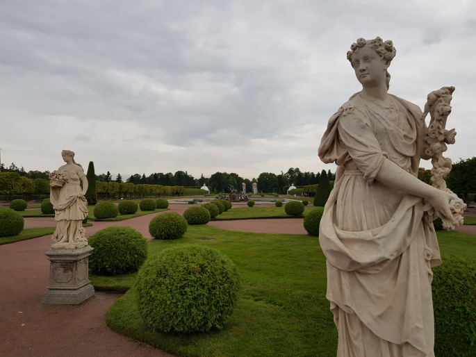 Statue jardins peterhof